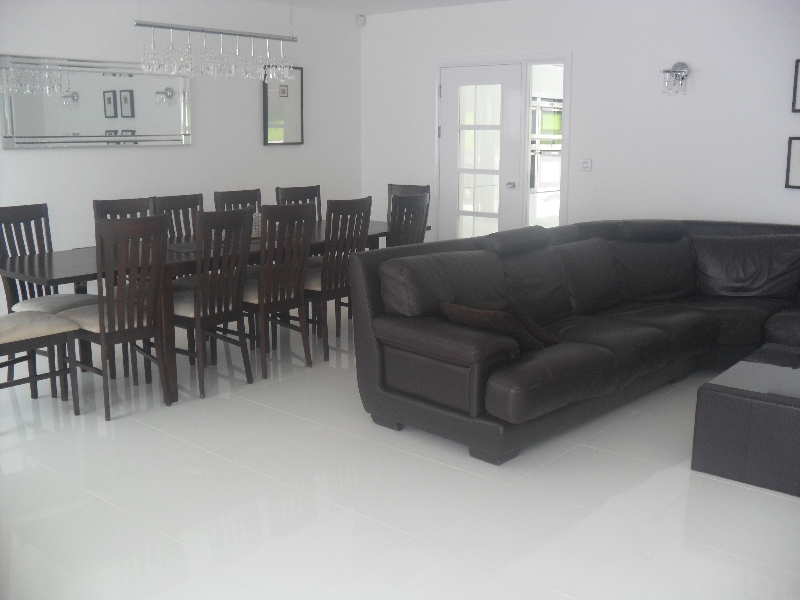 house-dining-room-2