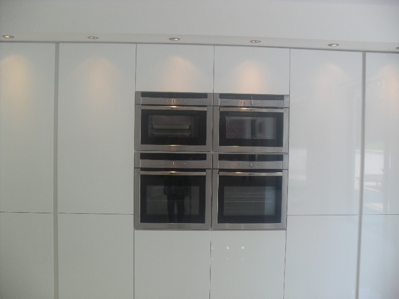 house-kitchen-back-wall